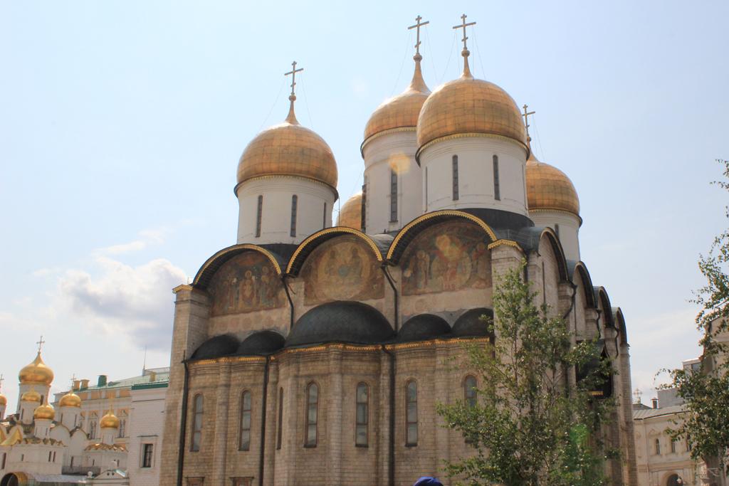 Catedral de la Asuncion en el Kremlin de Moscu