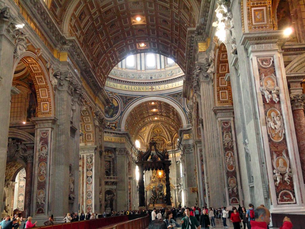 Interior de la Catedral de San Pedro