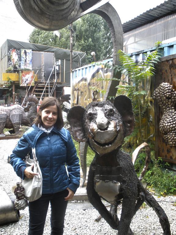 Escultura Mono en Tacheles