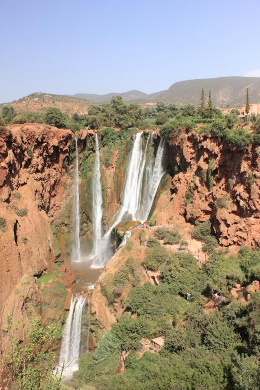 Vistas desde el otro lado de las cascadas de Ouzoud - Marruecos