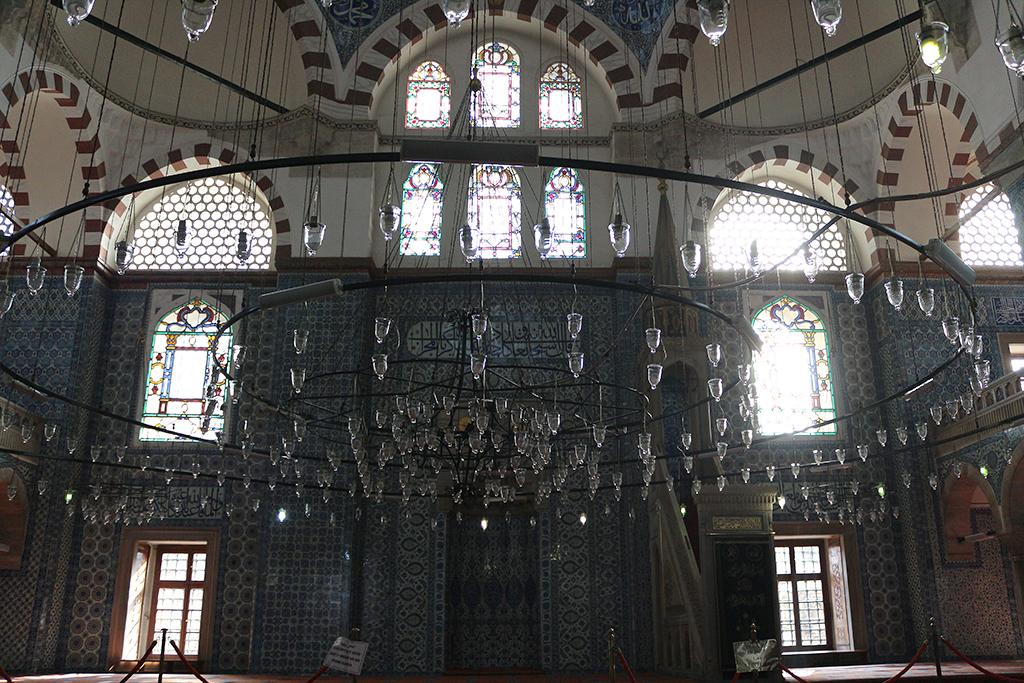 Interior mezquita Rustem Pasha