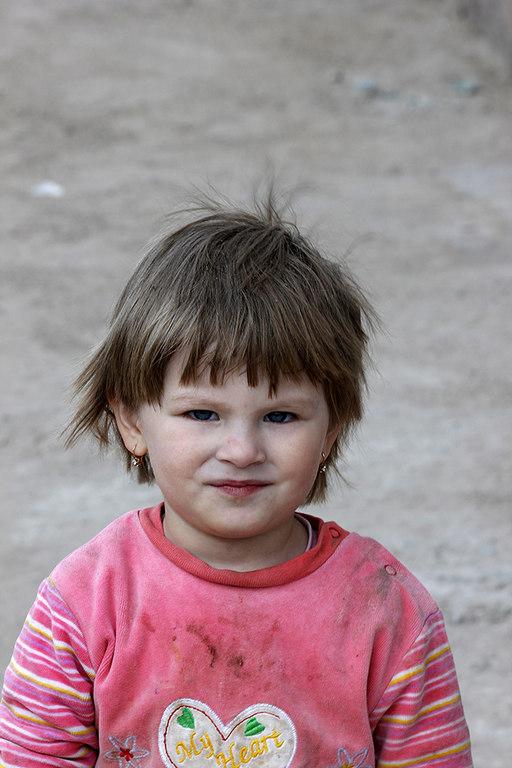 La niña de la que nos enamoramos en Khiva - Uzbekistan