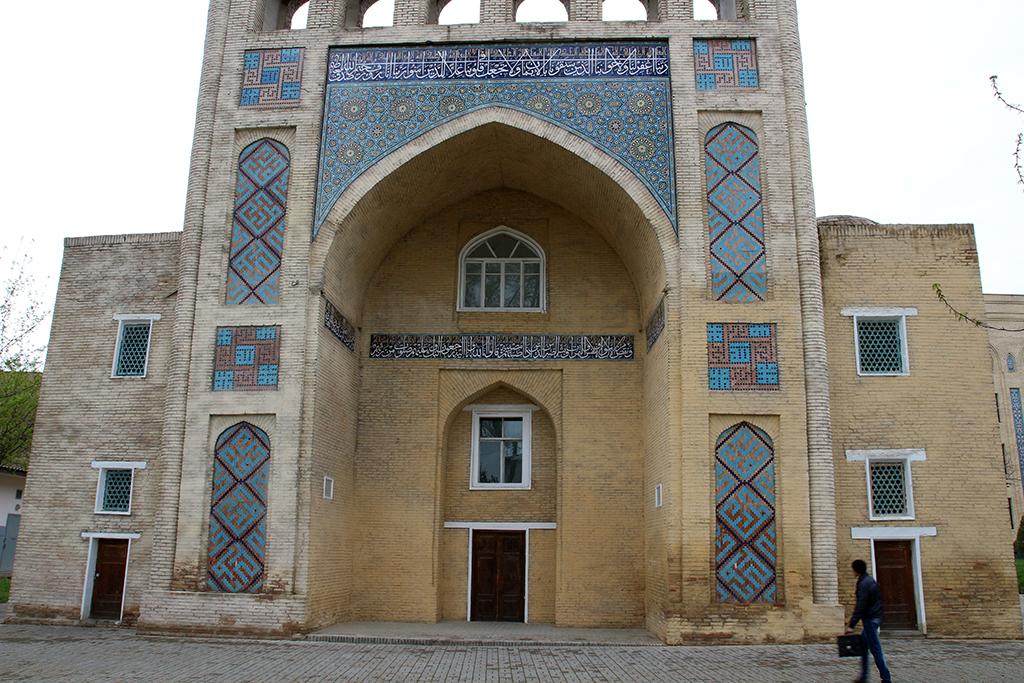 Mausoleo Yenus Jan en Tashkent