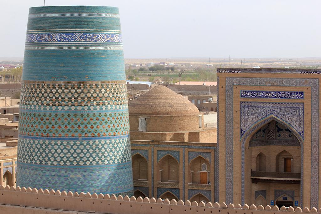 Minareta Kalta incompleto en Khiva