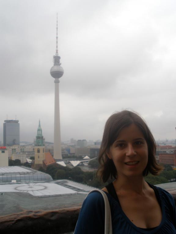 Henar con la Torre de Televisión de Berlín
