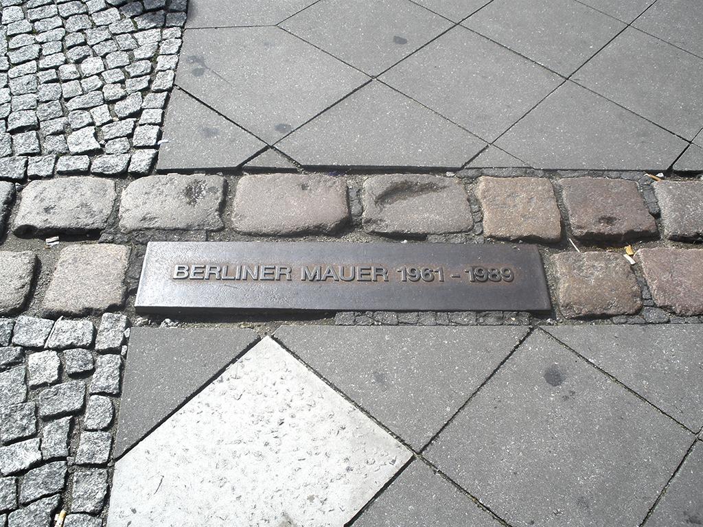 Marca del muro de Berlin