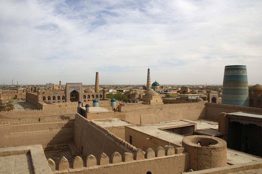 Vistas desde lo alto del Itchan Kala en Khiva