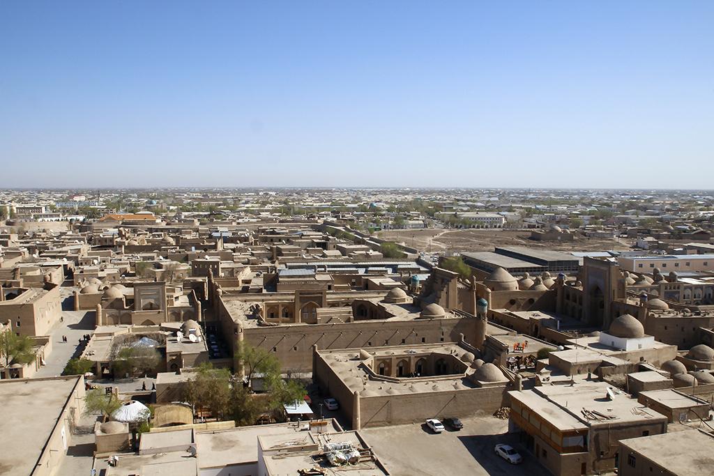 Vistas hacia el norte desde el minarete mas alto de Khiva