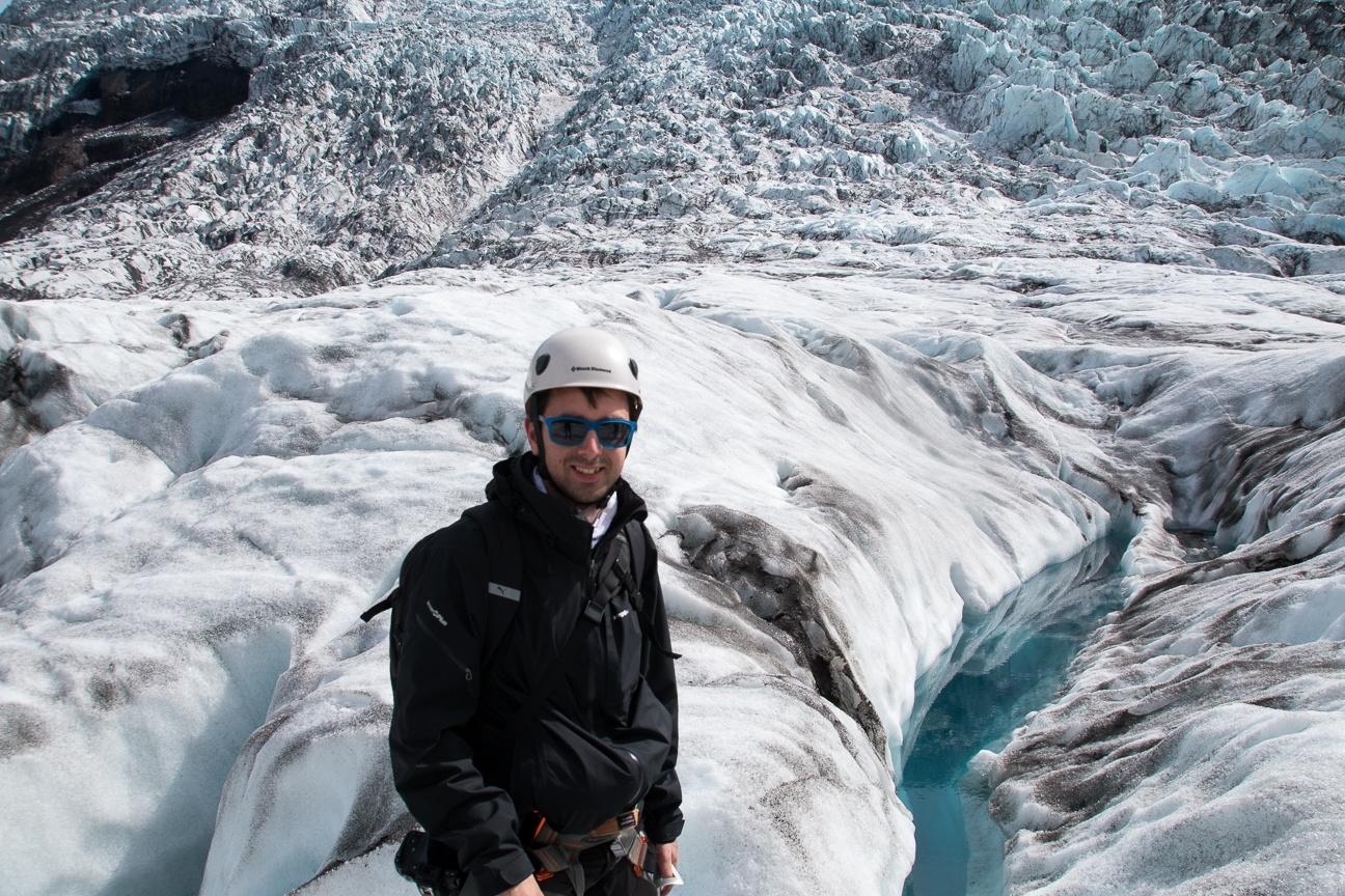 Agua turquesa en el glaciar