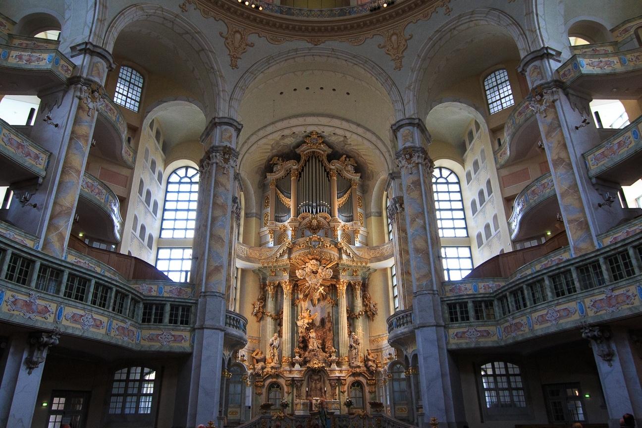 Altar de la Frauenkirche turismo Dresde Alemania