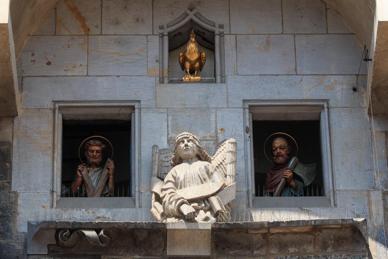 Apostoles a la hora en punto en el reloj astornomico de Praga