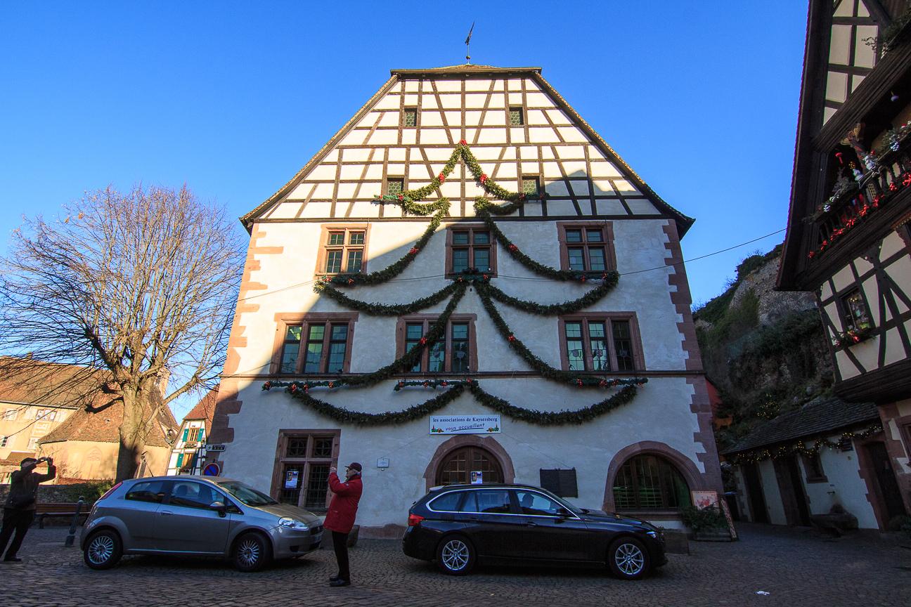 Arbol de Navidad en casa alsaciana