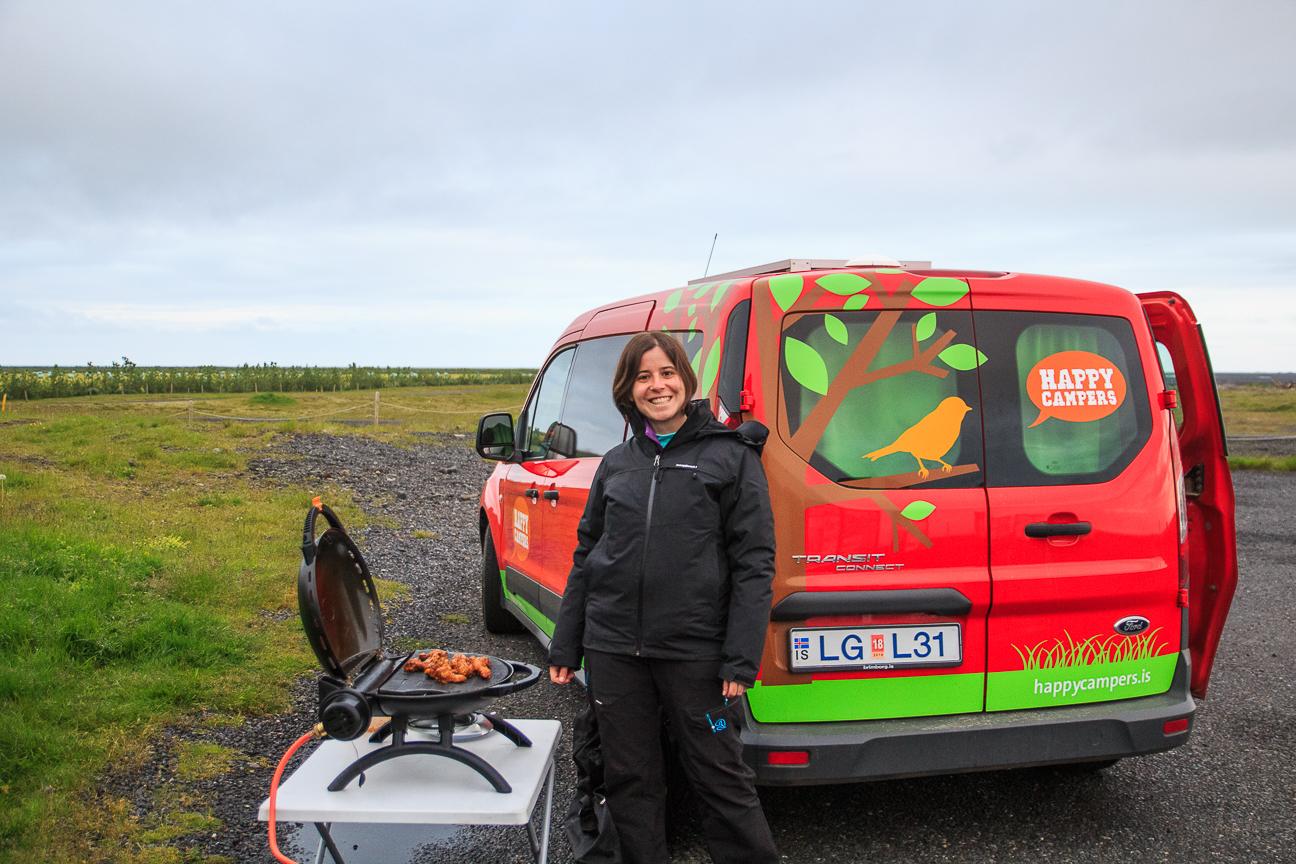 barbacoa en campervan Islandia