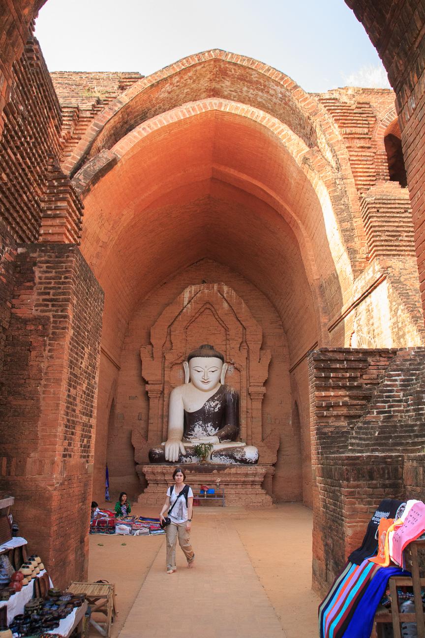 Budha en Pyathada Paya