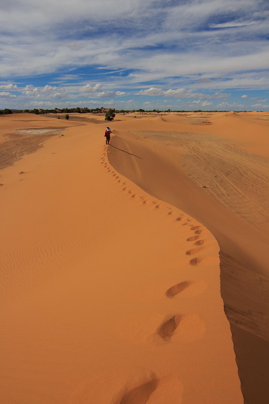 Caminos sobre el desierto