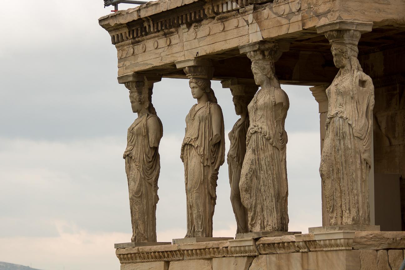 Cariatides en el templo de Erecteion