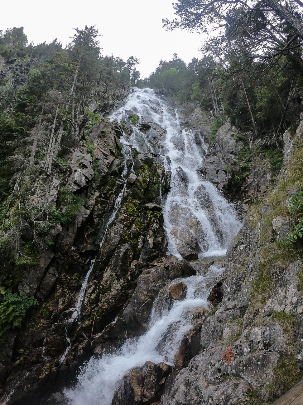 Cascada mas alta Aigues Tortes