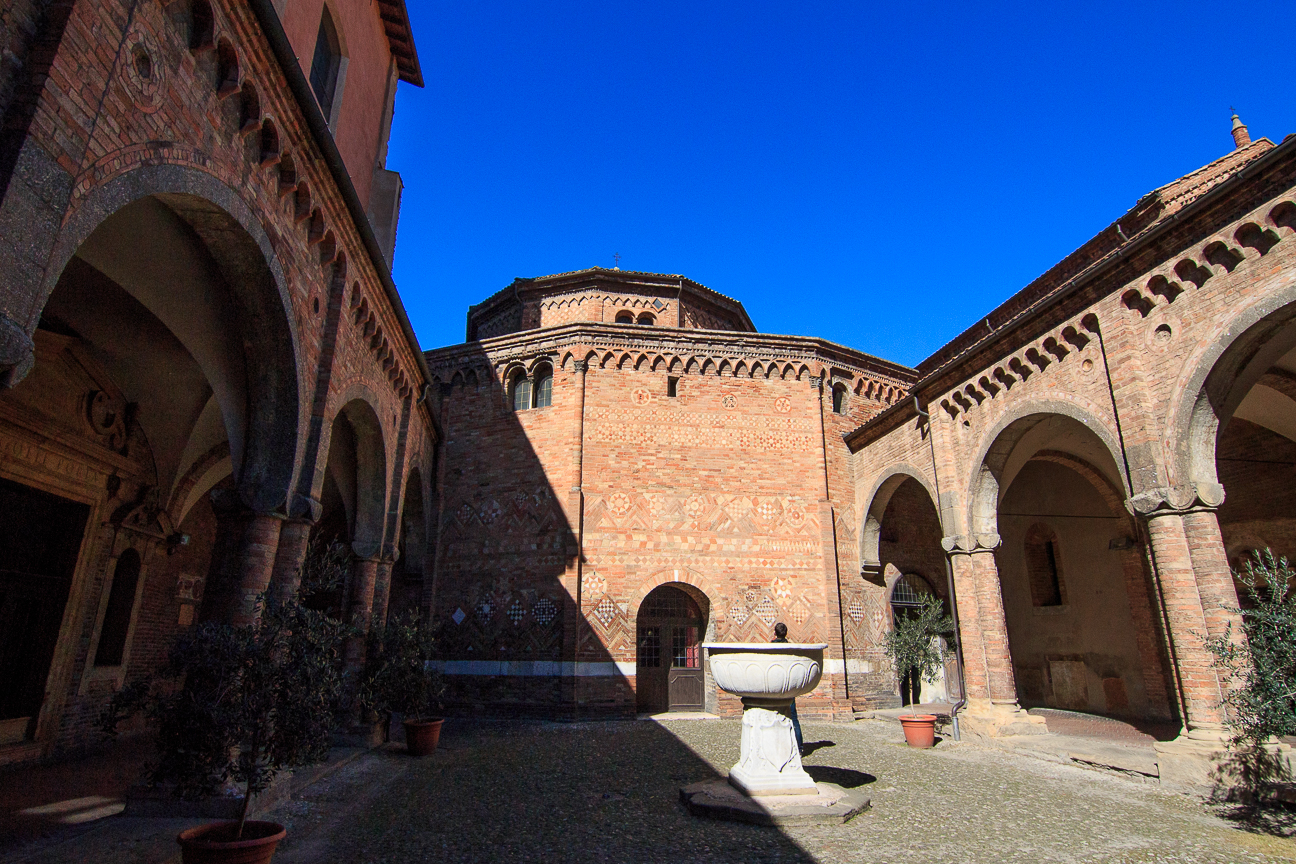 Claustro interior Santo Stefano