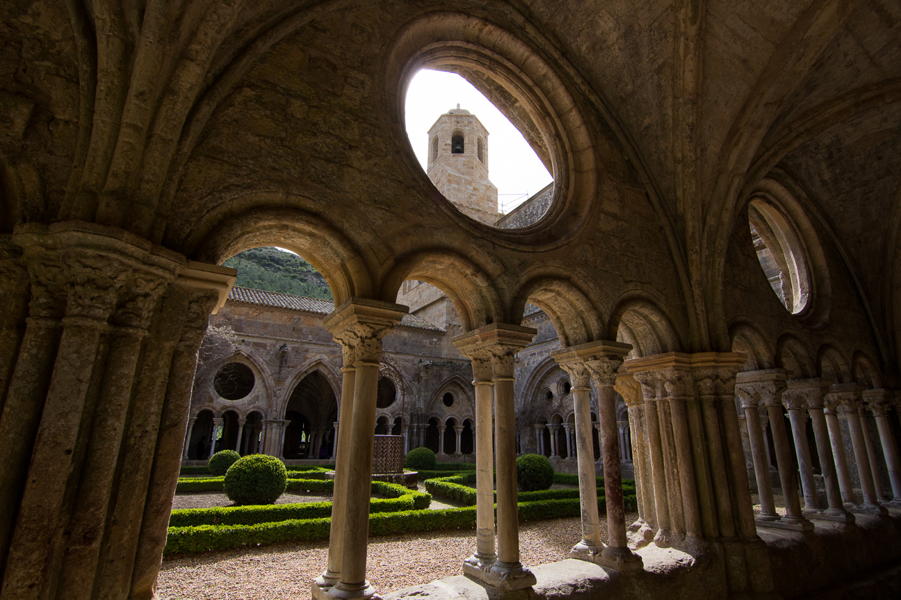 Claustro de la Abadia de Fontfroide