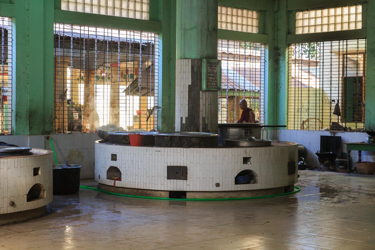Cocina del Monasterio Kyakhat Waing Kyaung