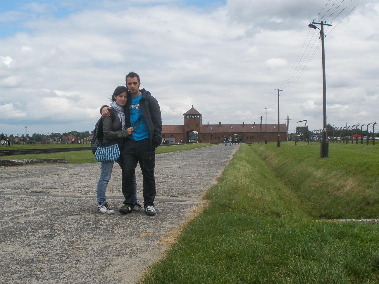 Comete el Mundo en Auschwitz Birkenau