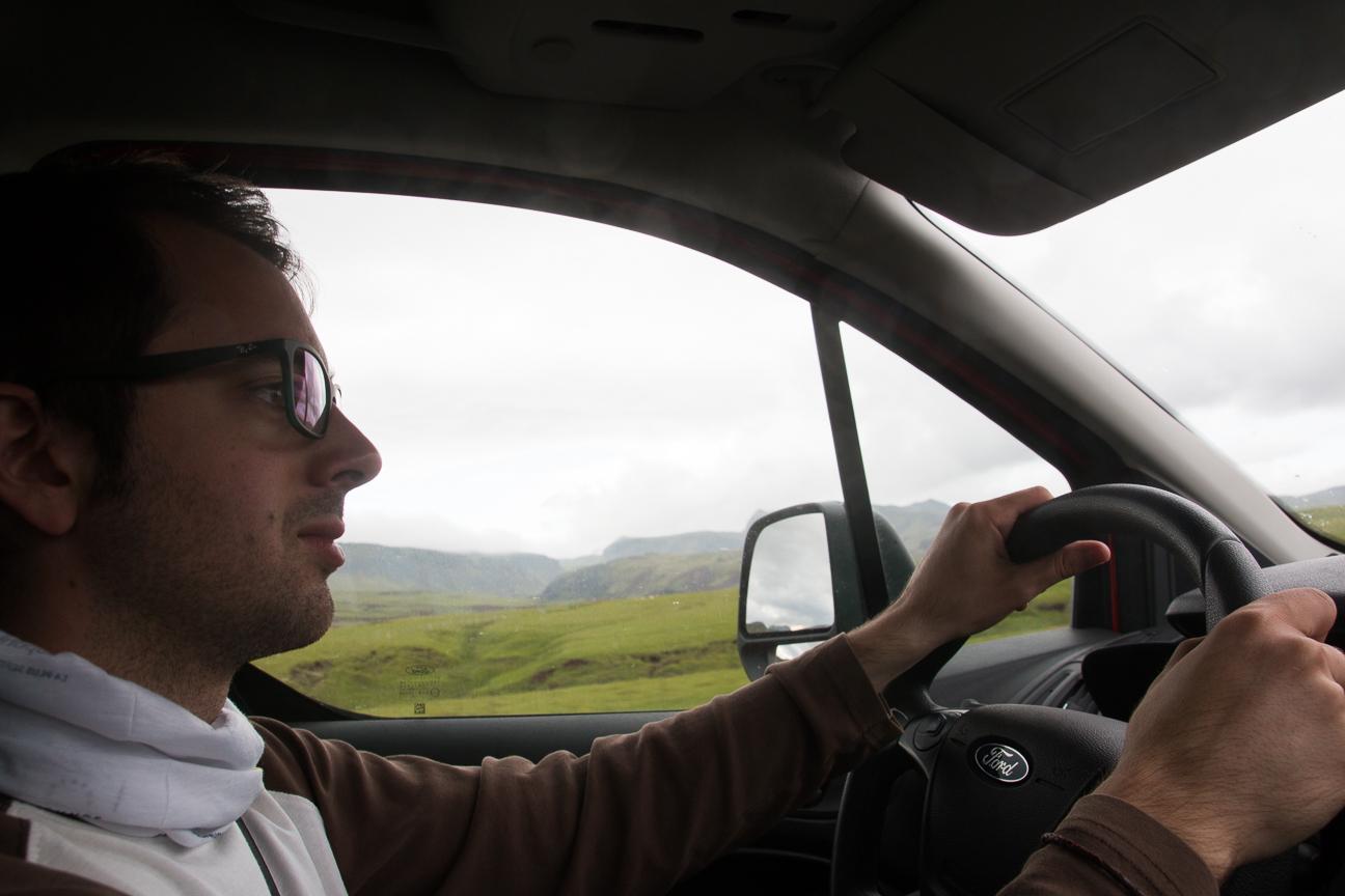 Conduciendo la furgoneta