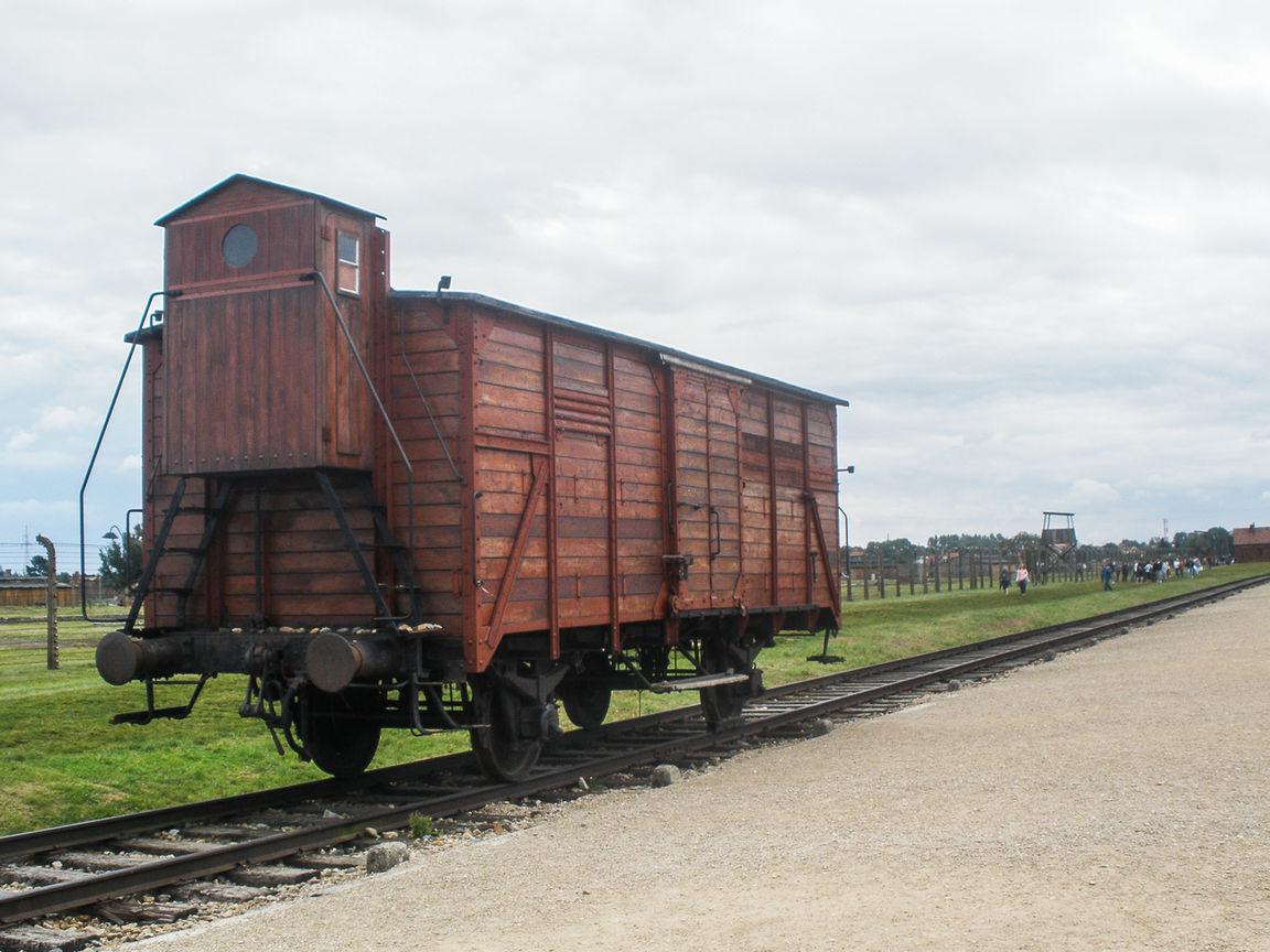 De Cracovia a Auschwitz tren de la muerte