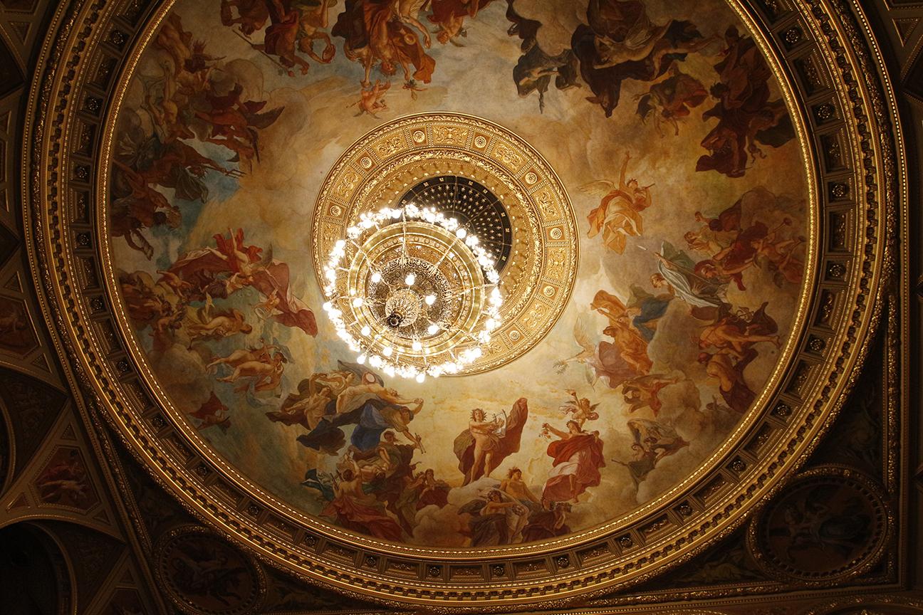Detalle de la cupula de la opera de Budapest