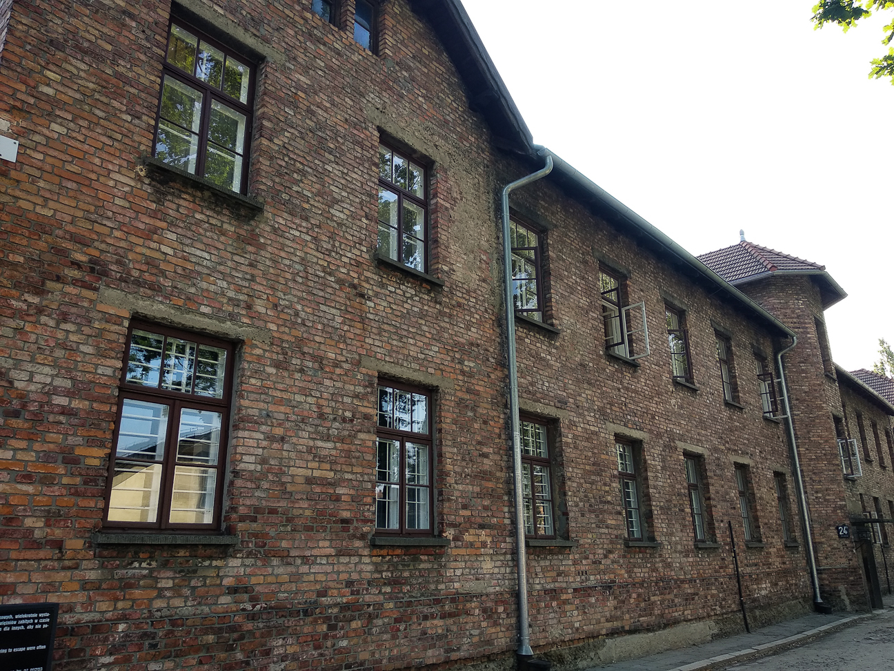 Edificios de Auschwitz campo concentracion nazi