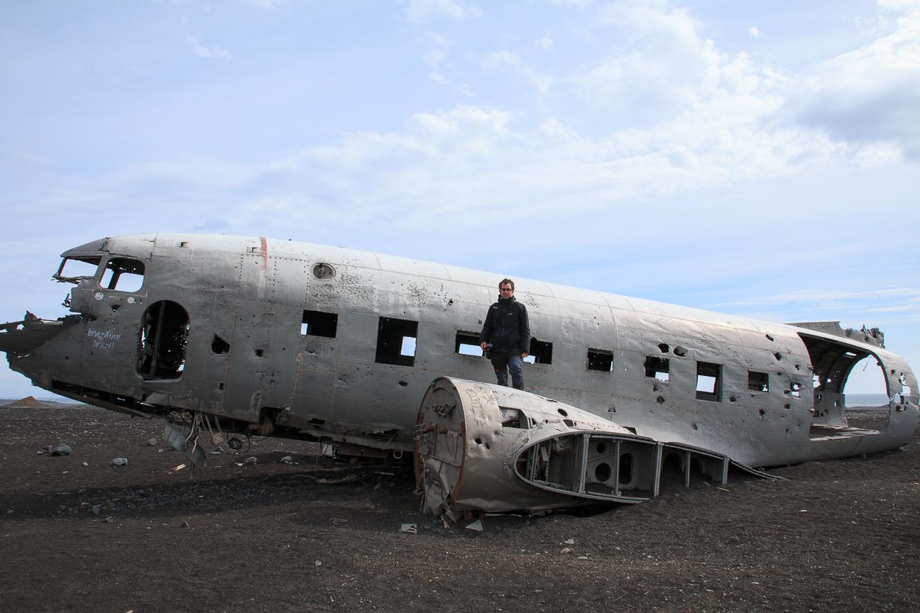 El avion Dakota en el sur de Islandia
