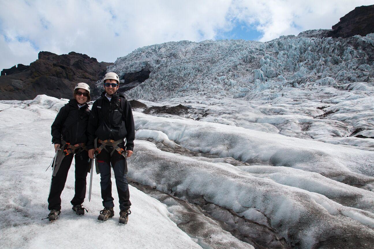 excursión por un glaciar de Islandia
