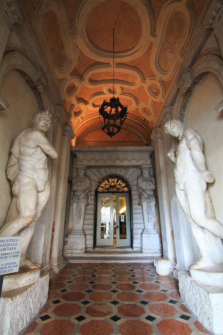 Entrada Biblioteca Marciana de Venecia