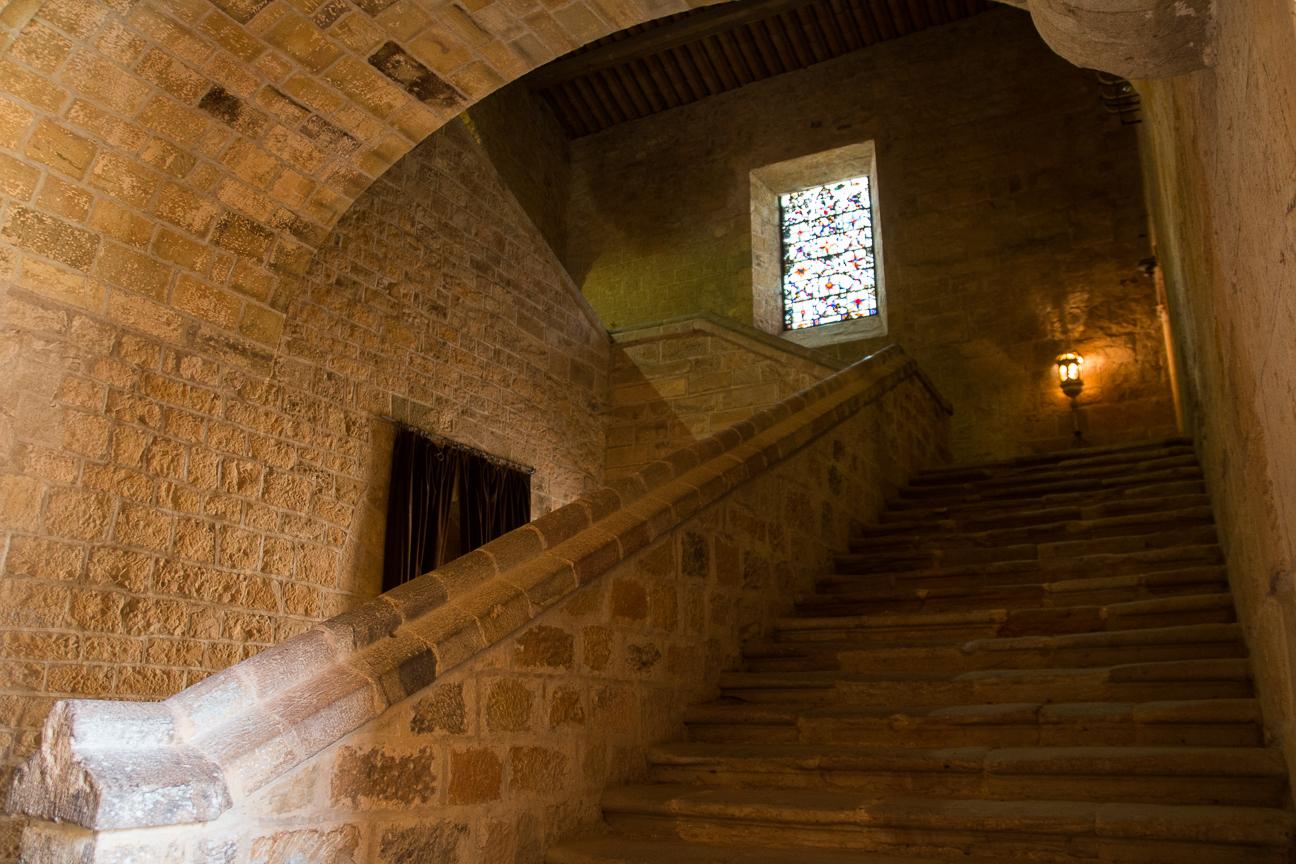 Escaleras en la Abadia de Fontfroide