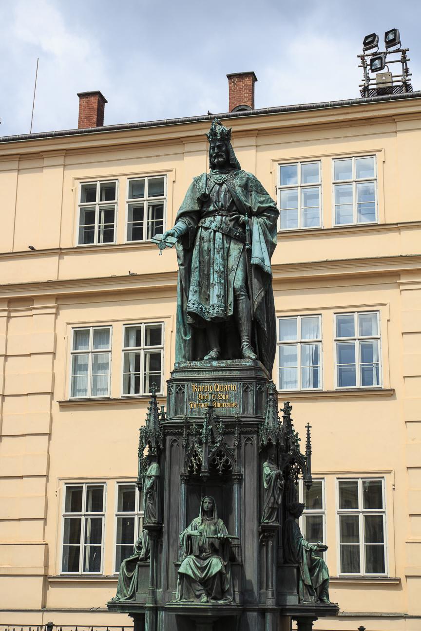Escultura Carlos IV en Praga