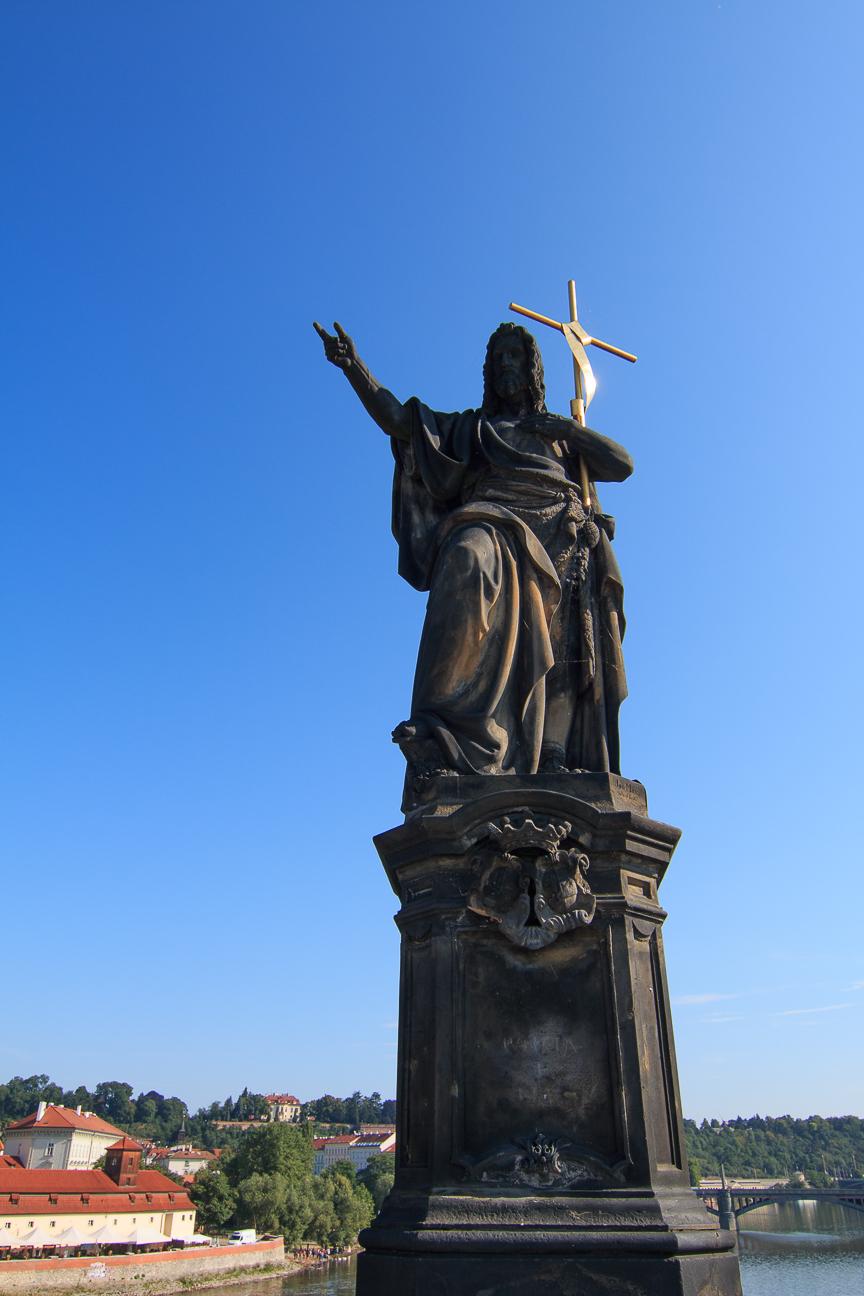 Esculturas religiosas puente de Carlos de Praga