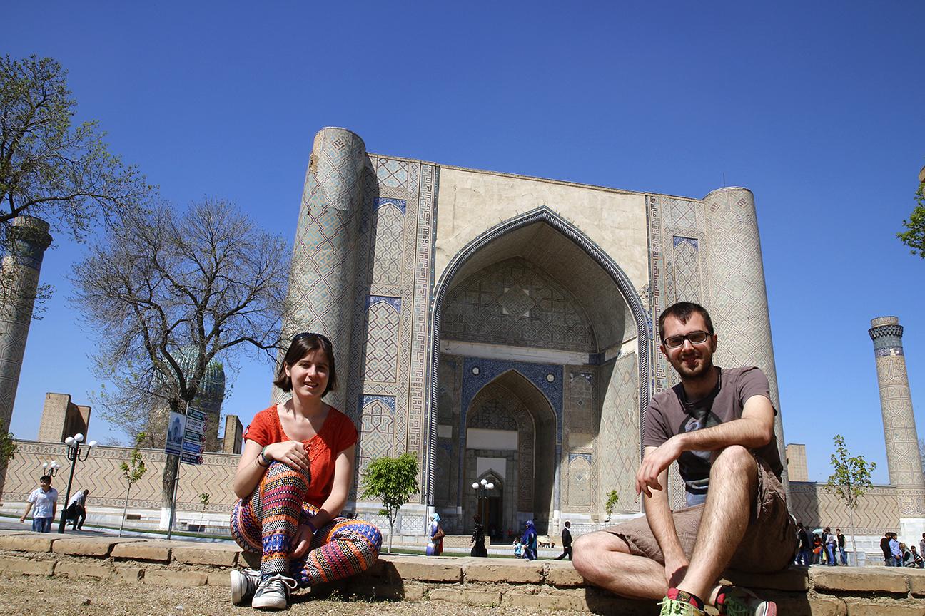 Fachada de la mezquita de Bibi-Janym