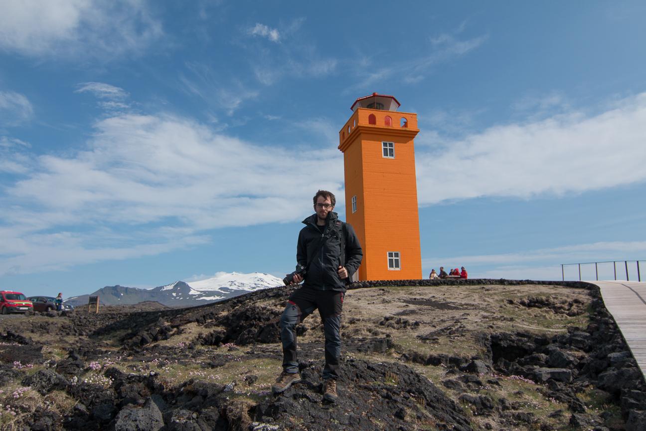 Faro Svortuloft en la peninsula de Snaefellsnes