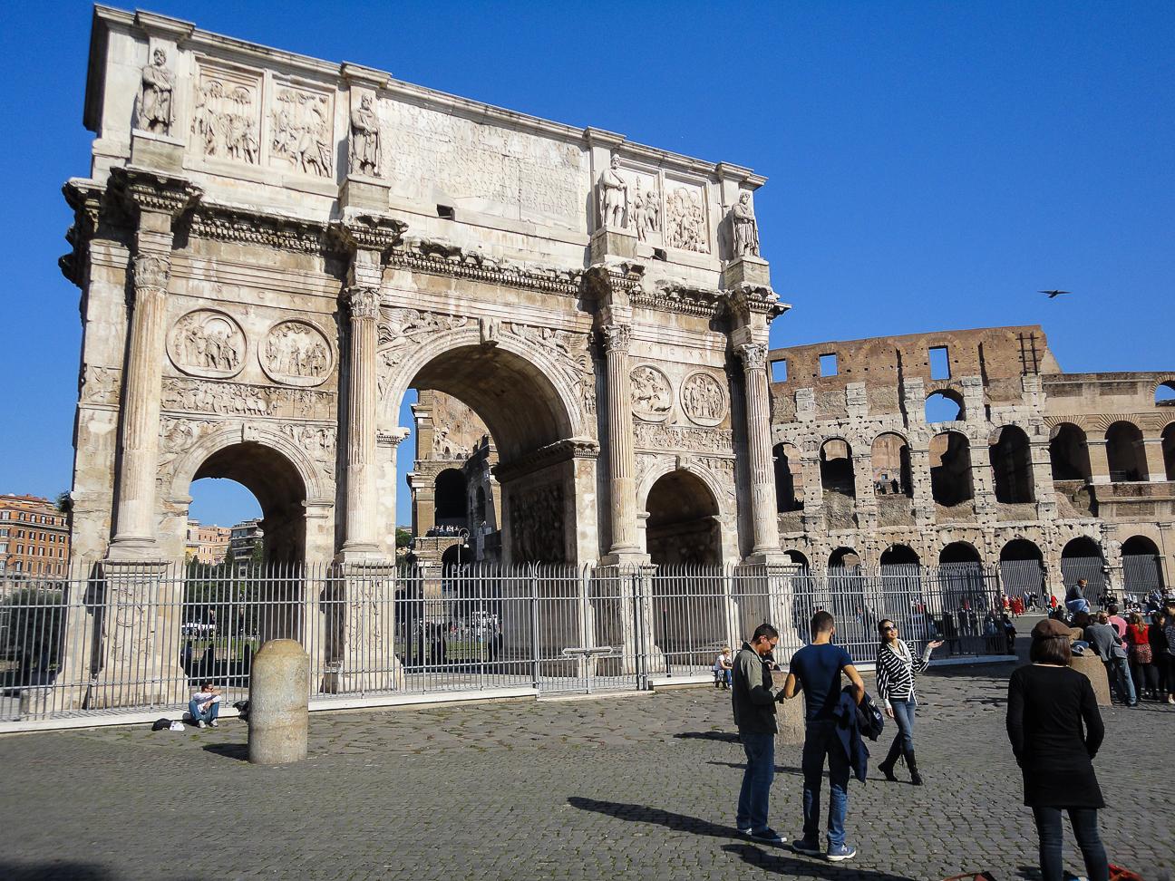Foro romano arco de triumfo