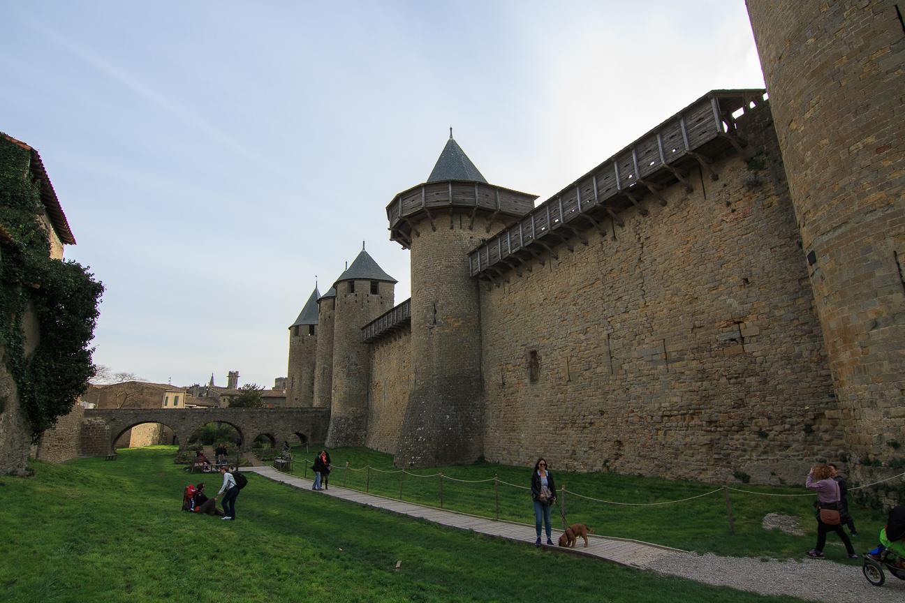 Foso del castillo de Carcassonne