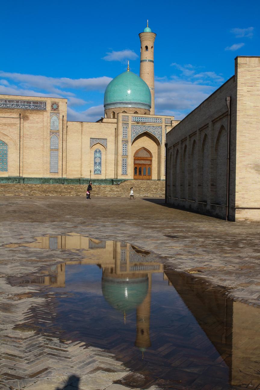 Fotocharco en el Hazrat Imam de Tashkent