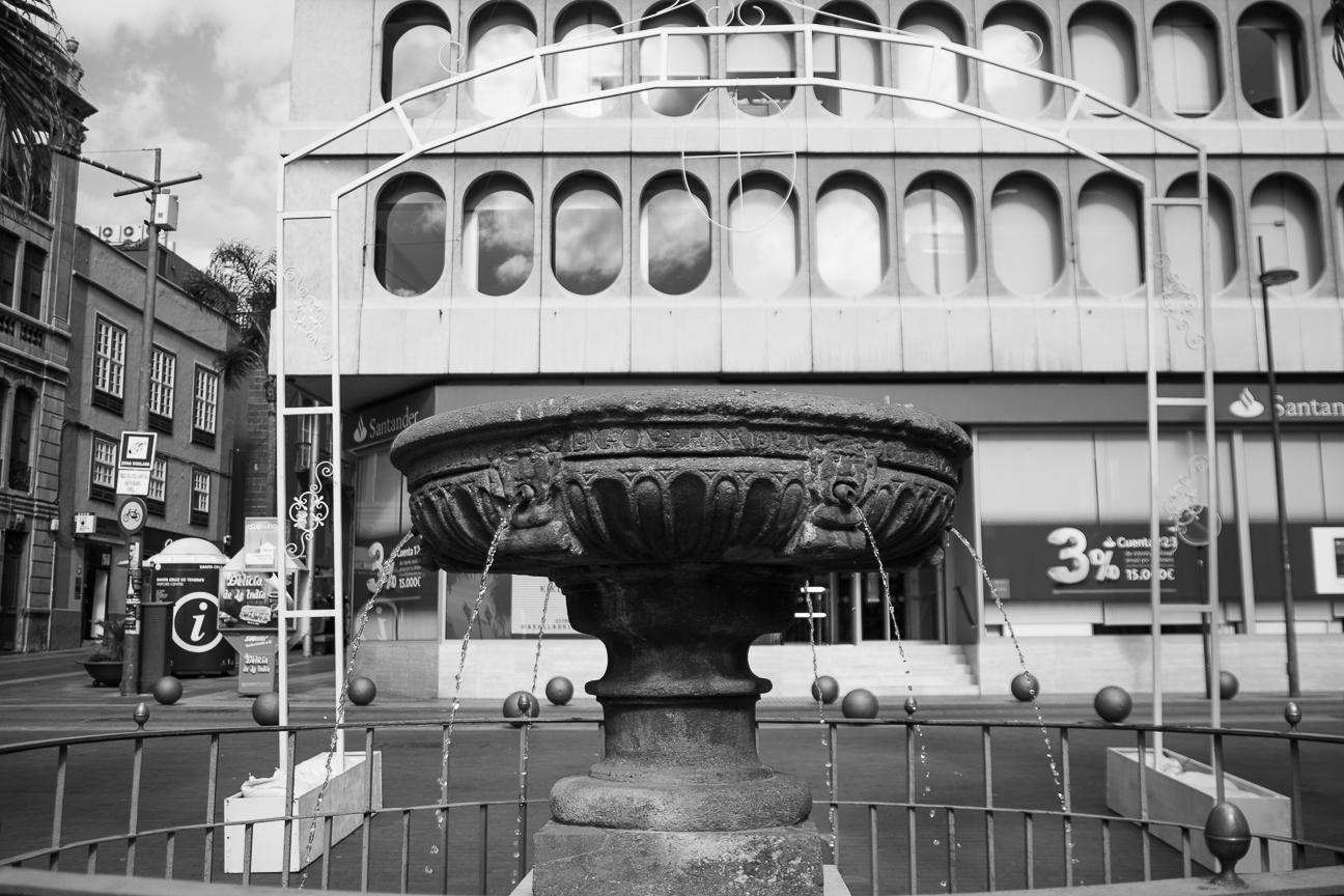 Fuente en la Plaza de la Candelaria