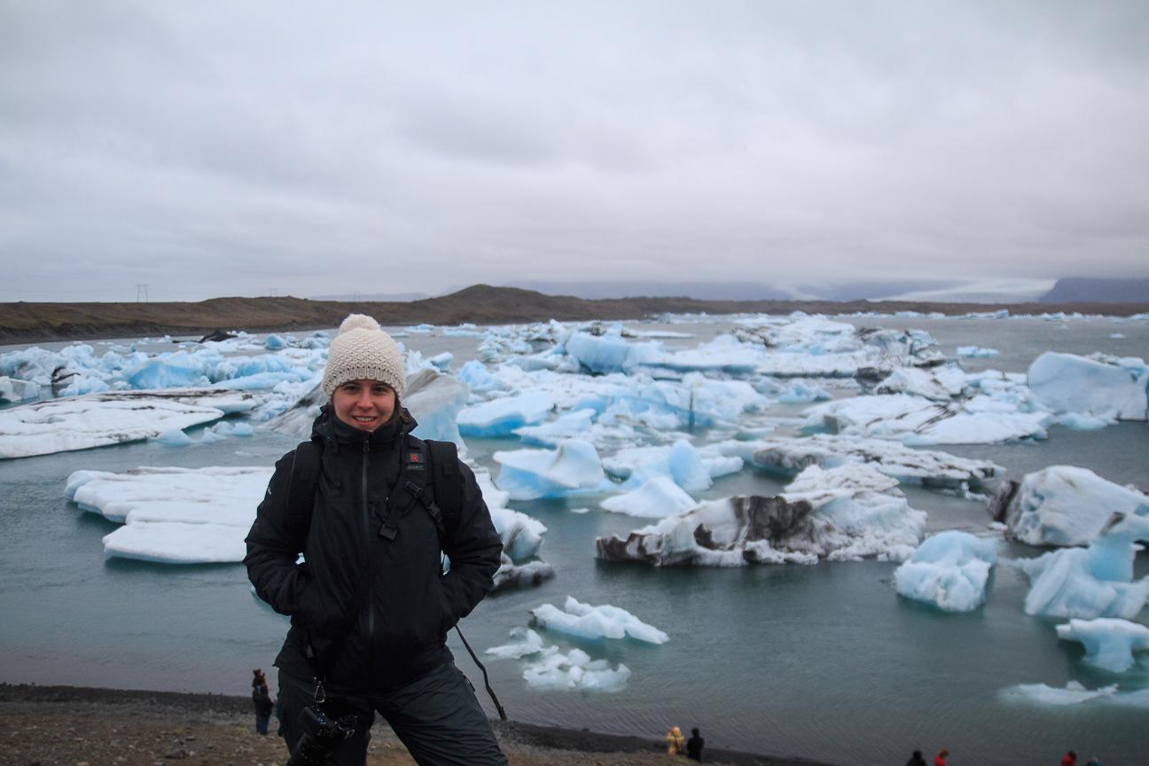 Henar en la laguna glaciar de Islandia