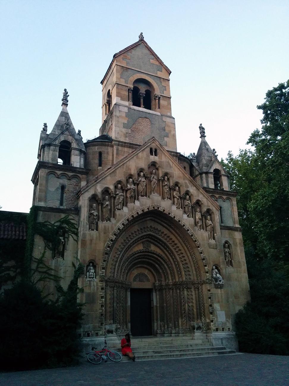 Iglesia en el parque Szechenyi