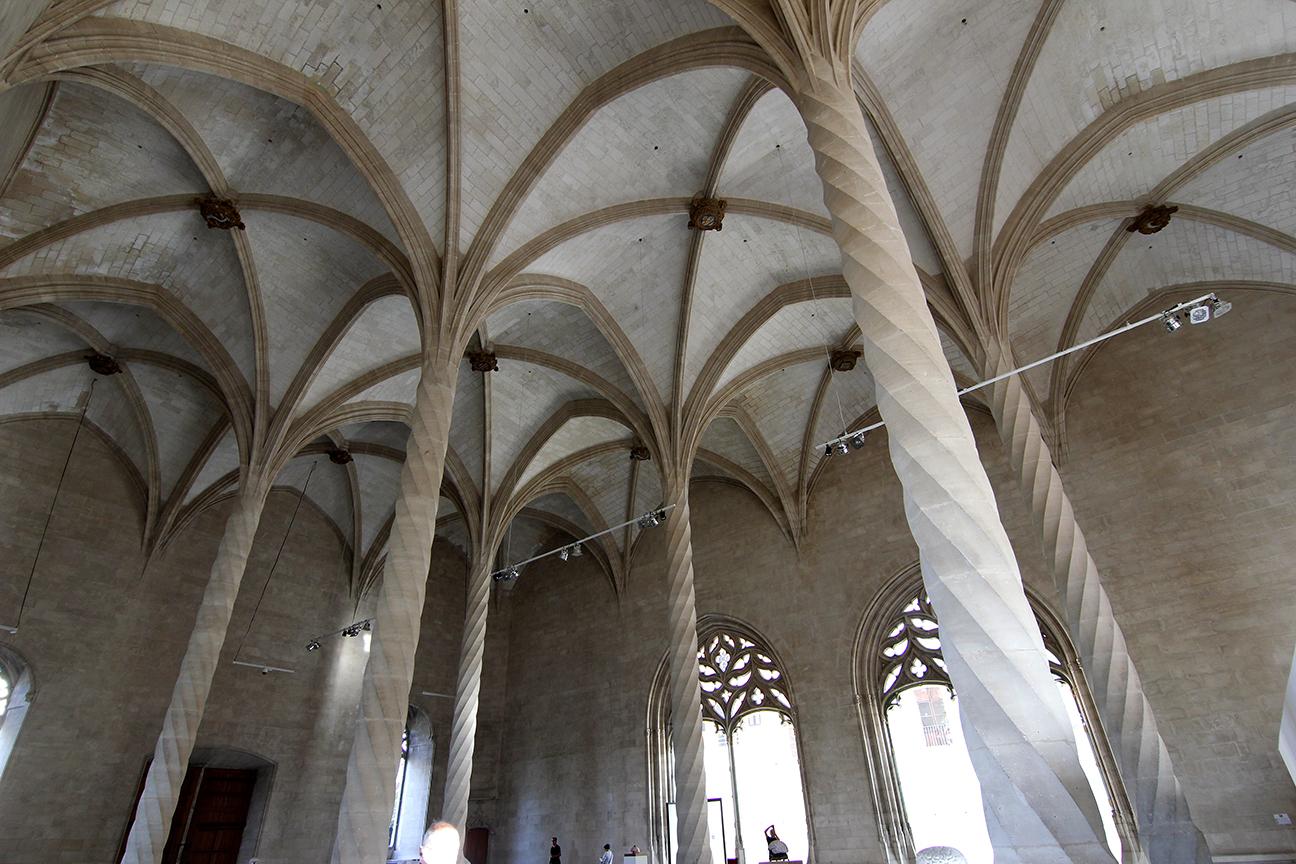 Interior de la Lonja de Palma de Mallorca