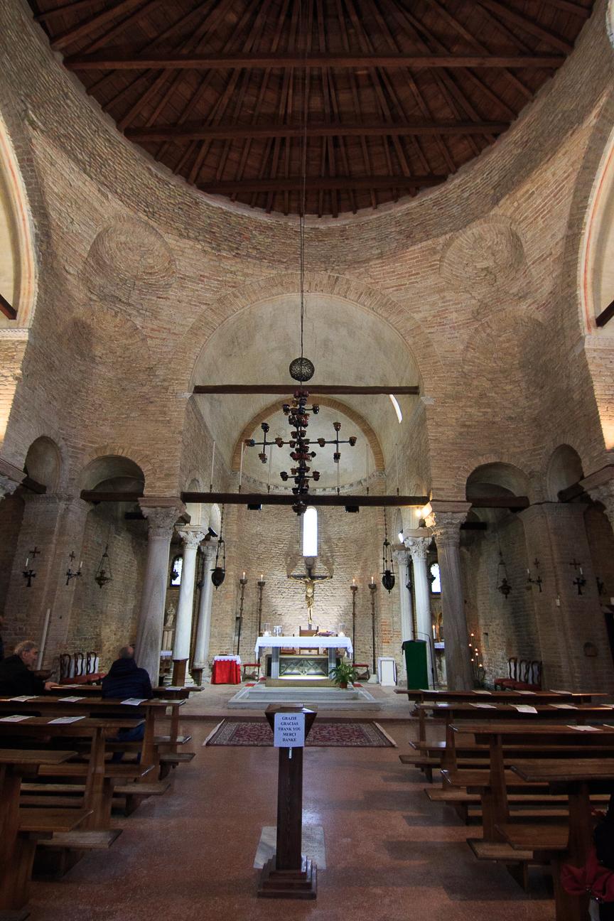 Interior de Santa Fosca en Torcello