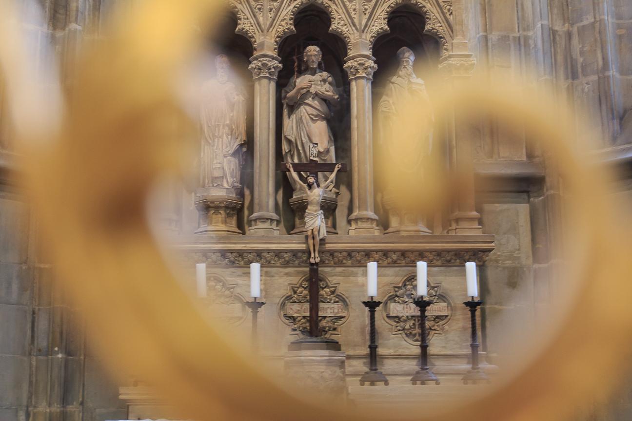 Jesucristo en la cruz en la catedral de San Vito