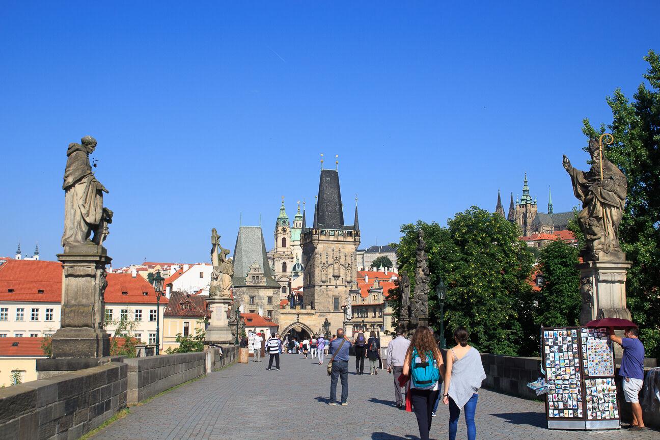 Mala Strana vista desde el puente de Carlos de Praga