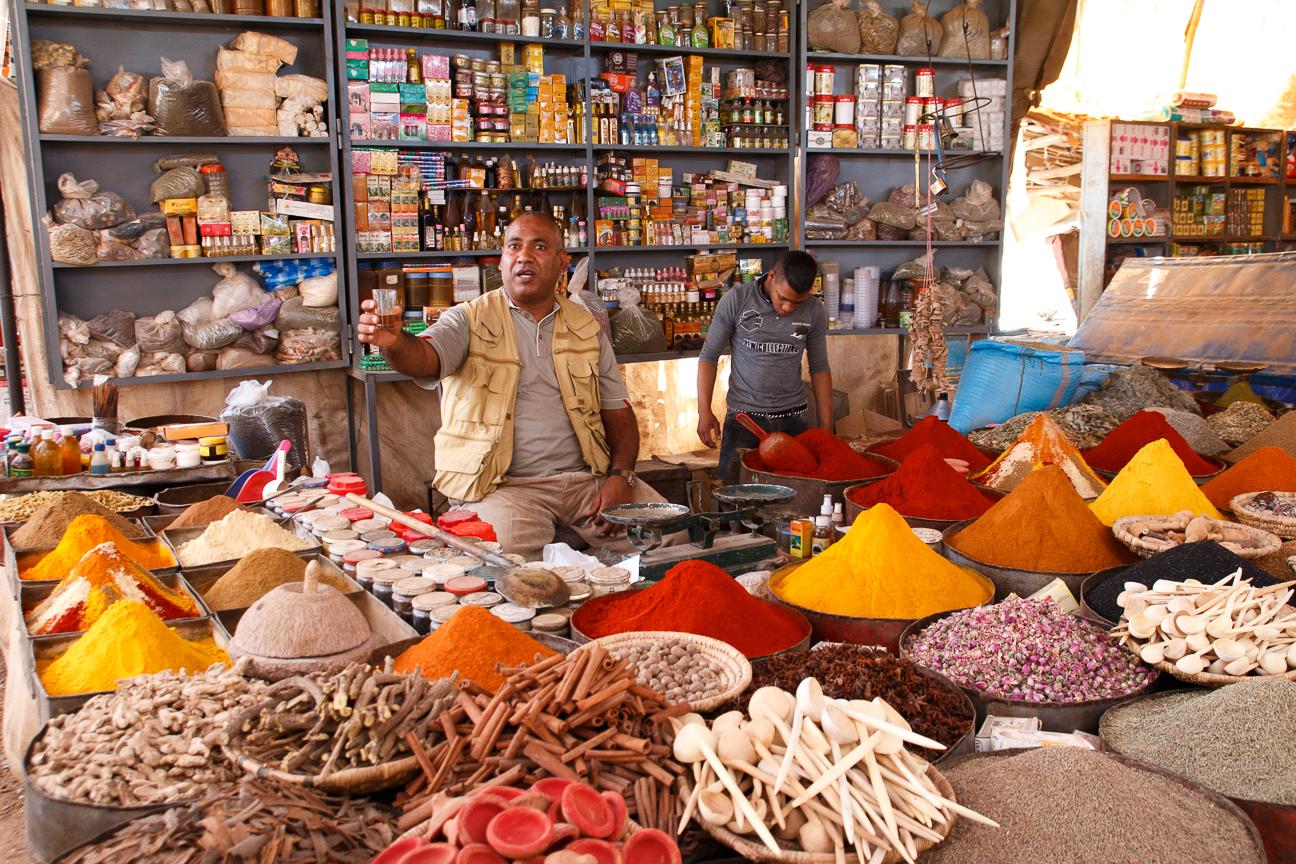 Mercado especias en Rissani