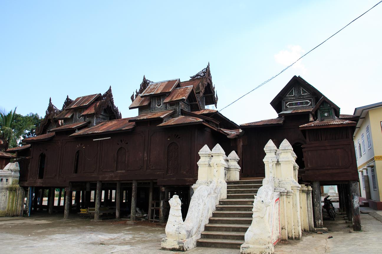 Monasterio de Tekka cerca de Nyaung Shwe