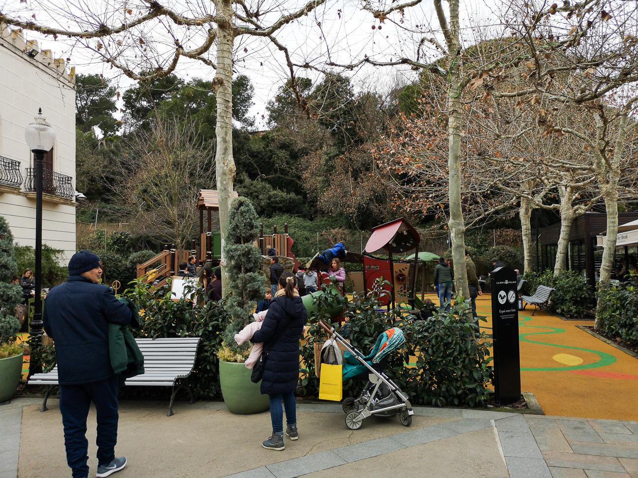 Parque infantil Roca Village